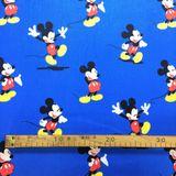 Mickey mouse na modrej Disney detská bavlnená látka