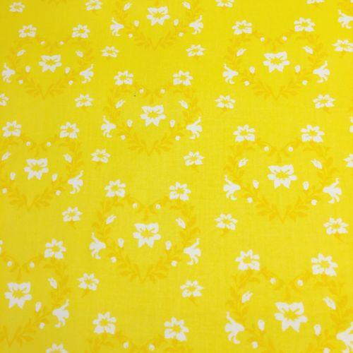 Žltá s bielymi srdiečkami z kvetov česká bavlna